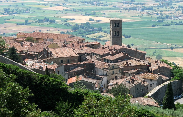 Tour Cortona and Arezzo