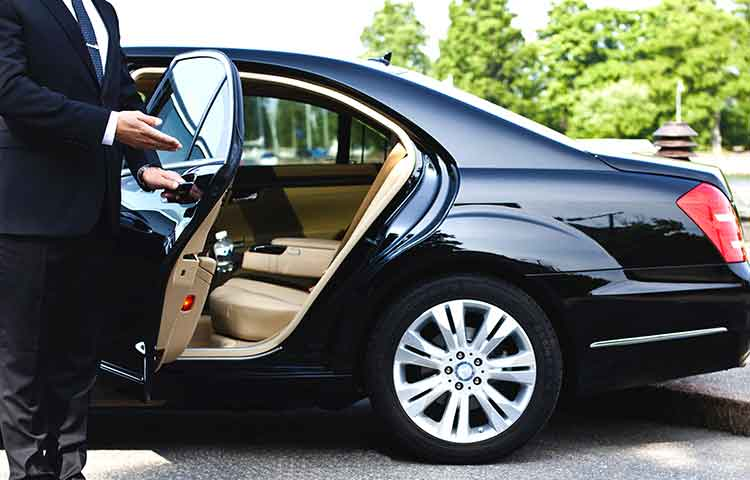 Low cost Fiumicino airport transfer